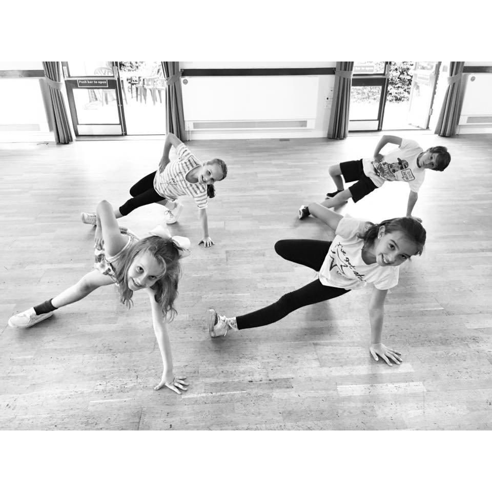 Street Dance: Sherborne St John Juniors