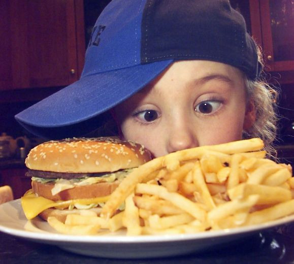 Picture 5 Kid with Fries