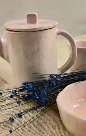 Tetera y una taza