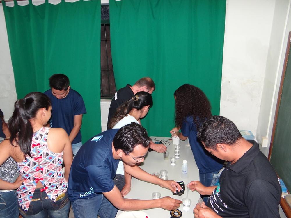Oficina de Monitoramento da Qualidade da Água na Semana Acadêmica de Bela Vista-MS. Foto: Prog. Apa para Todos