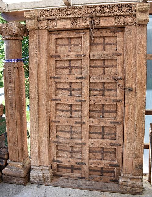 """Réf# P6 """"Rare Porte Indienne Antique"""""""