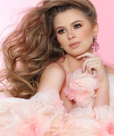 Amanda - Haute Couture Agency