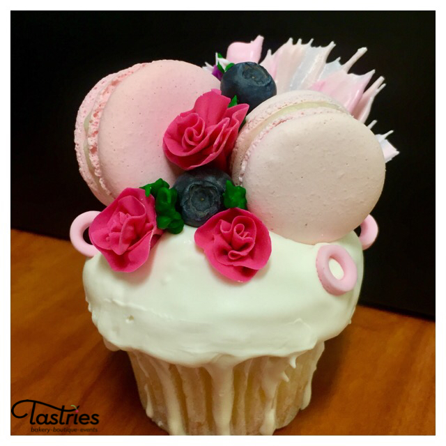 Custom Cupcakes, Tastries Bakery