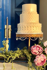 Bakersfield Designer Wedding Cakes , Bakersfield Weddings, Wedding Cakes in Bakersfield, Fondant Cakes in Bakersfield, Bakersfield Custom Cakes