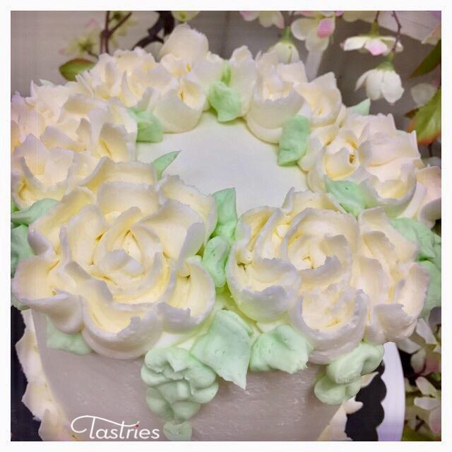 White Flower Dessert Cake