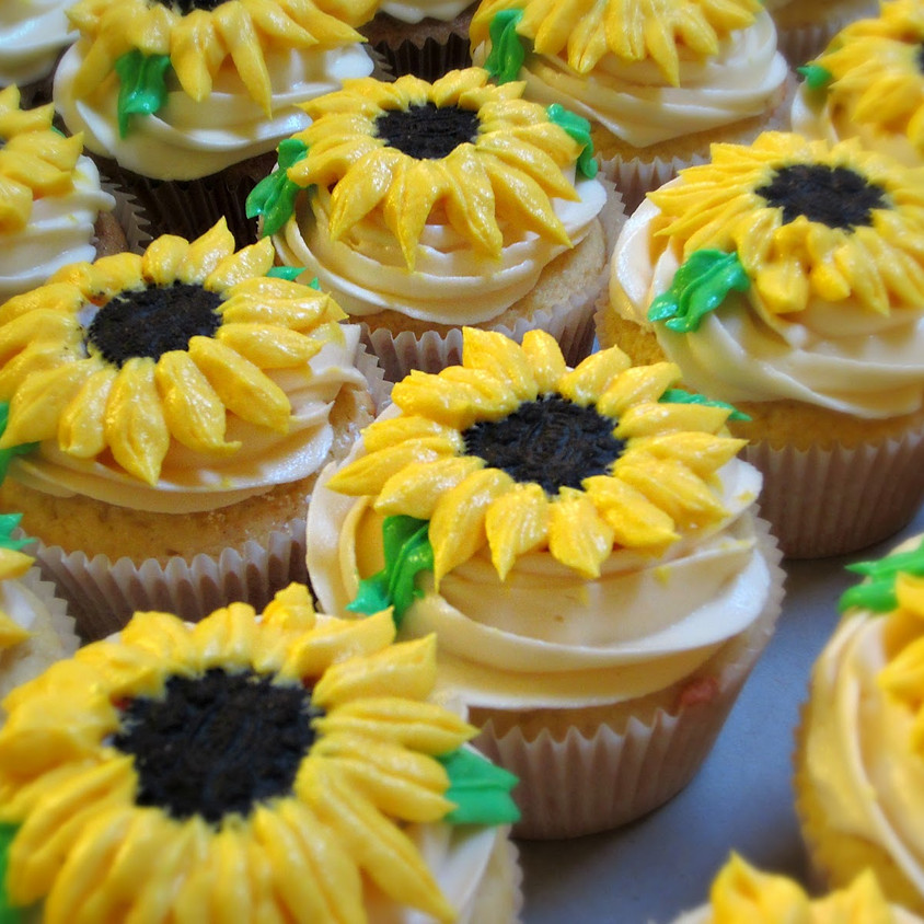 Cupcake Decorating Class - Sunflowers and Fall Leaves