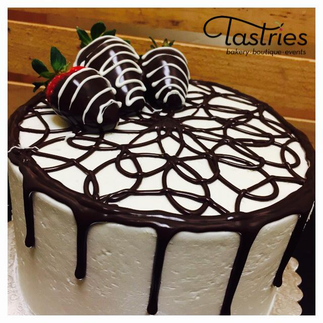 Strawberry Dessert Cake, Tastries
