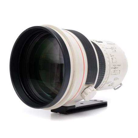 Lichtsammler - das Canon EF 200 f/1.8 L USM