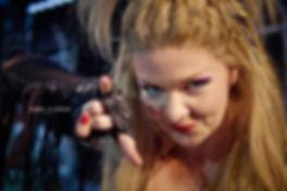 <p>14-12-2012</p>  <p>Anna Lidman spielt bis Ende M&auml;rz 2013 die Ozzy in &bdquo;We Will Rock You&ldquo; in Basel.<br /> <br /> Anna Lidman ist im Norden von Schweden aufgewachsen, lebt aber mittlerweile in Stockholm. Gleich nach ihrem Abschluss an der Ume&aring; Musical Theatre Academy, erhielt sie ihre erste Rolle als Amber in The Best Little Whorehouse in Texas. Seither ist sie in Musicals und Shows auf der ganzen Welt aufgetreten. Daneben ist Anna eine passionierte Songschreiberin sowie die Leads&auml;ngerin der Band Eko.<br /> <br /> Anna spielte die Rolle der Ozzy bereits in der Original-Cast der schwedischen und norwegischen Produktion von We Will Rock You. Dies ist nun ihre erste Produktion in Deutschland und in der Schweiz.</p>