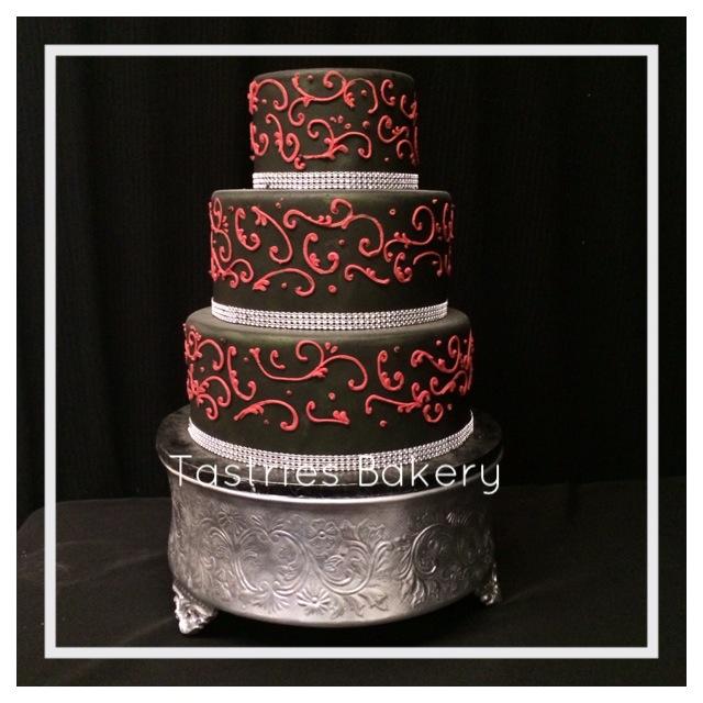 Silver Round Cake Stand Rental