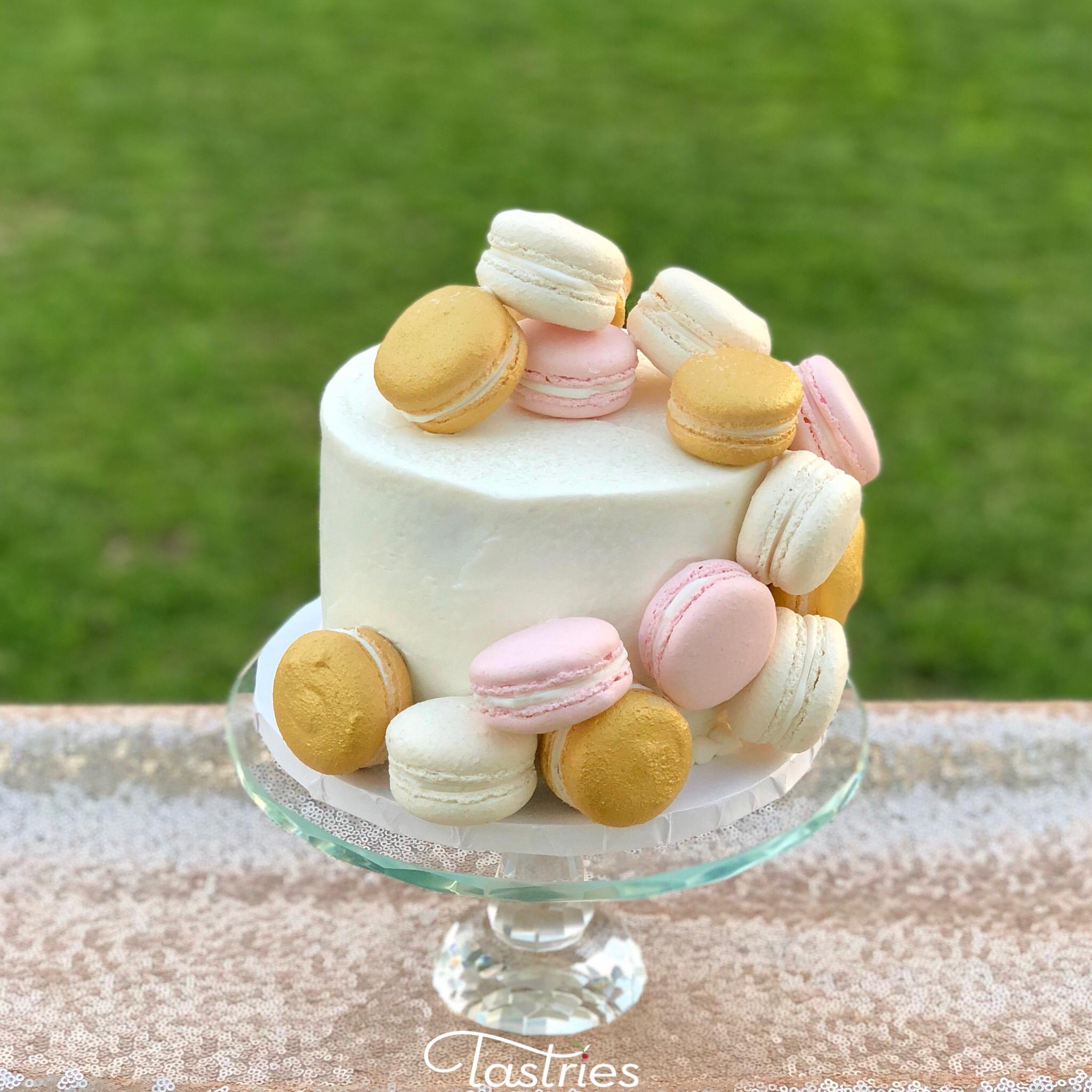 Macaron Dessert Cake, Tastries
