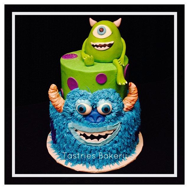 Cookie Monster Wedding Cake