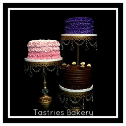 Rent Gold Crystal Round Cakes Stands
