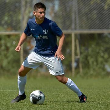 Ex Verbo Divino, Martín Peñafiel Silva, continuará sus estudios en Nueva York con una beca deportiva