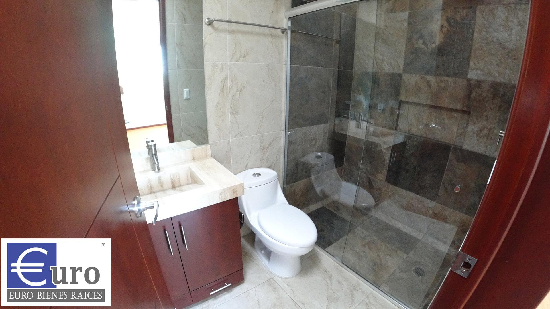 Baño Habitación secundaria