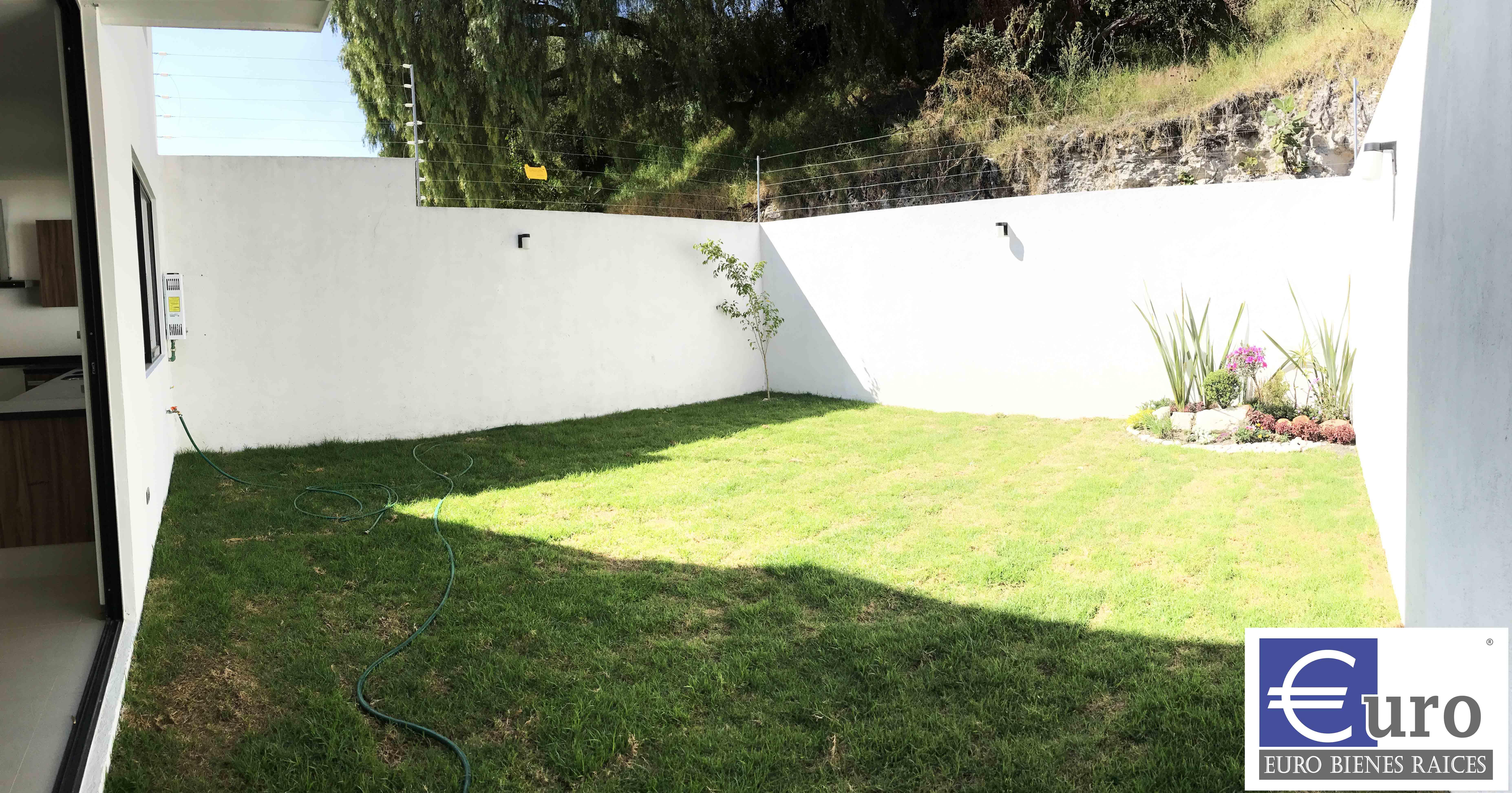 Jardín de 60m2