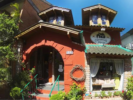 30 anos de Charming House