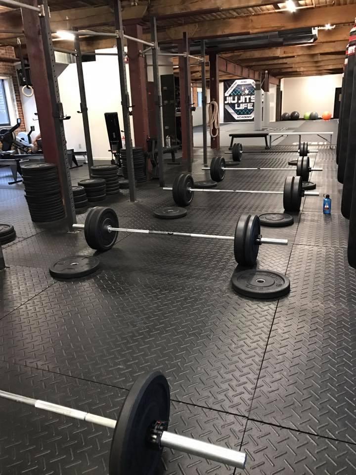 dead-lifts-fight-fit