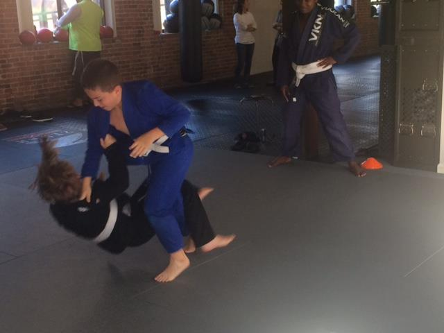 kids-jiu-jitsu-takedown
