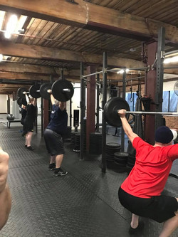 overhead_squats-fight-fit
