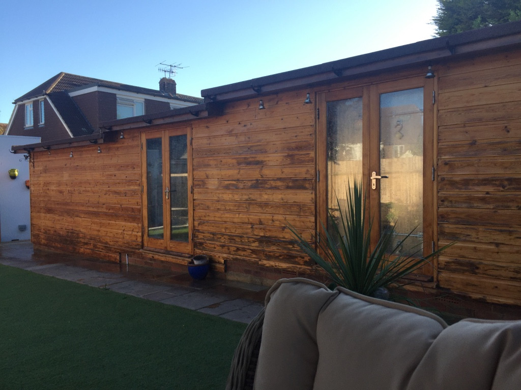 Garden Offices & Pods - Hamiltons Construction & Refurbishment Ltd