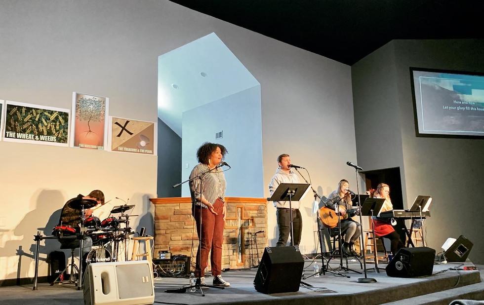 valley-church-12.JPG