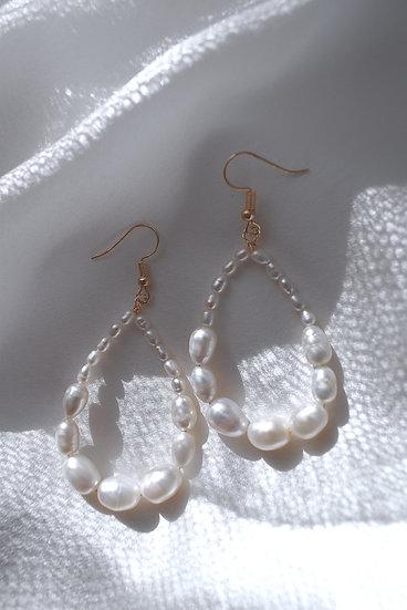 Piper Pearl Bridal Earrings