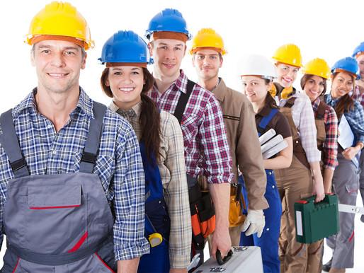 Специалисты, необходимые для получения лицензии МЧС, и требования к ним