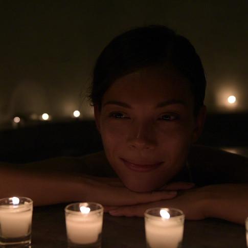 Spa tub hydromassage & aromatherapies