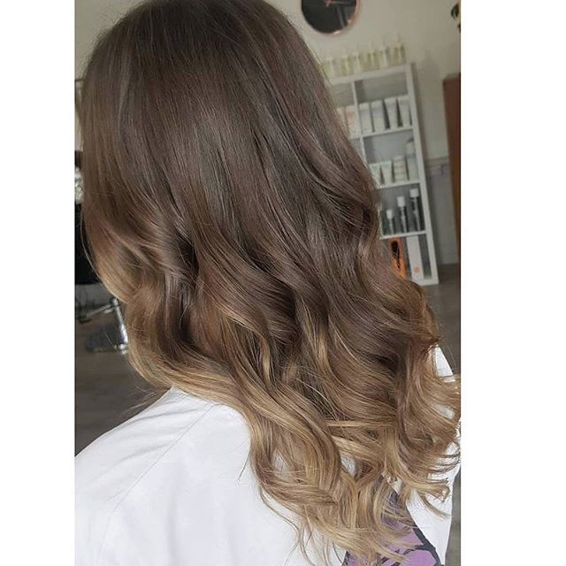 Got to love a Soft Ombre 👌 Created by the talented Mikayla ✅✅ ._._