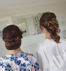It's Wedding season 😊 2 stunning styles