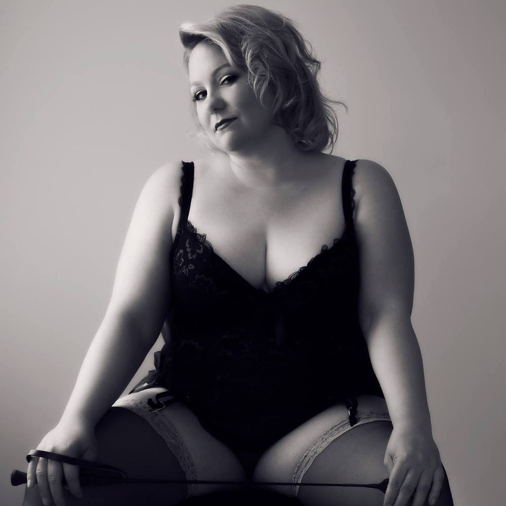 Link to Angela's blog....Confessions of a Boudoir Virgin