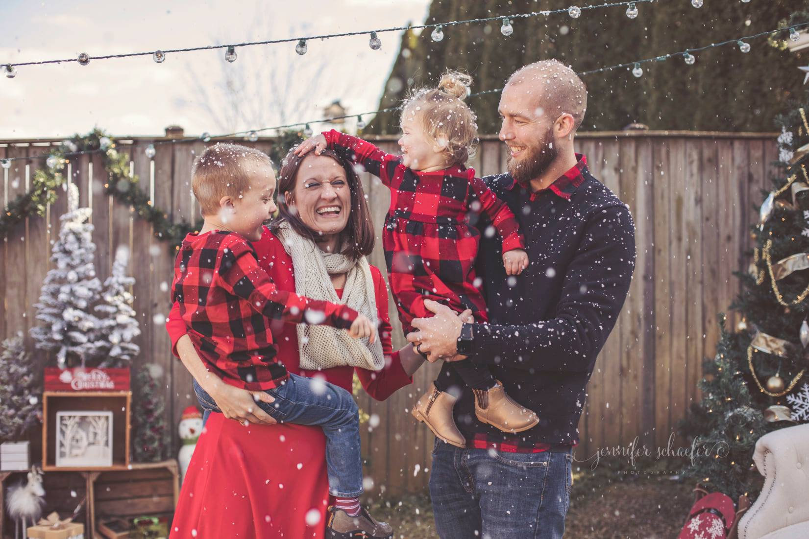 LET IT SNOW HOLIDAY PORTRAITS!!