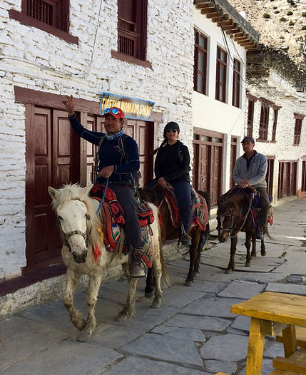 upper-mustang-horse-riding-trek.JPG