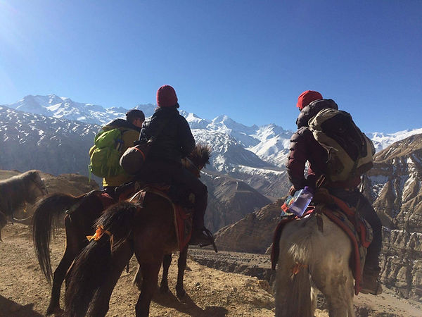 upper-mustang-horse-riding-trek-3.JPG