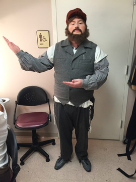 FIDDLER ON THE ROOF (Avram)