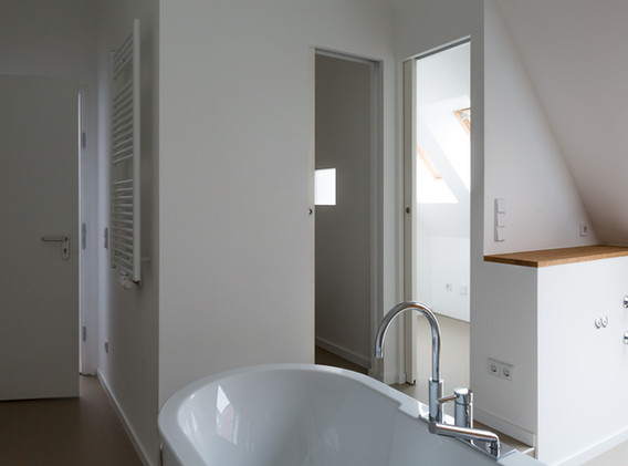 tiny Dach Küche Bad auf 3qm.jpg