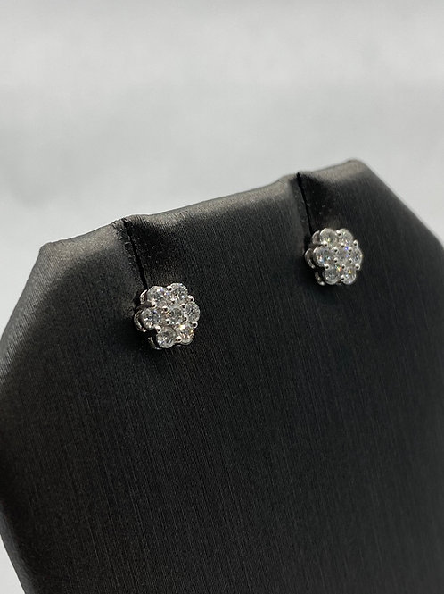 14KT white gold Cluster Diamonds studs