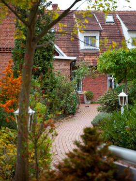 Outdoor_02_28.jpg