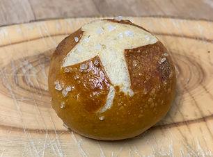 Brotideen_Laugenbrötchen