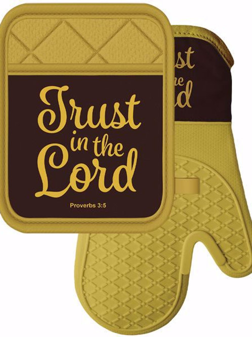 Trust in the Lord Mitt & Pot Holder Set