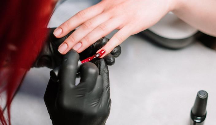 Applying nail varnish - vertical.jpg