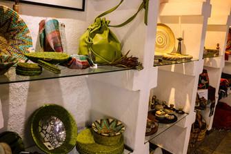 Ukuthula Arts & Crafts Leather Handbag.j