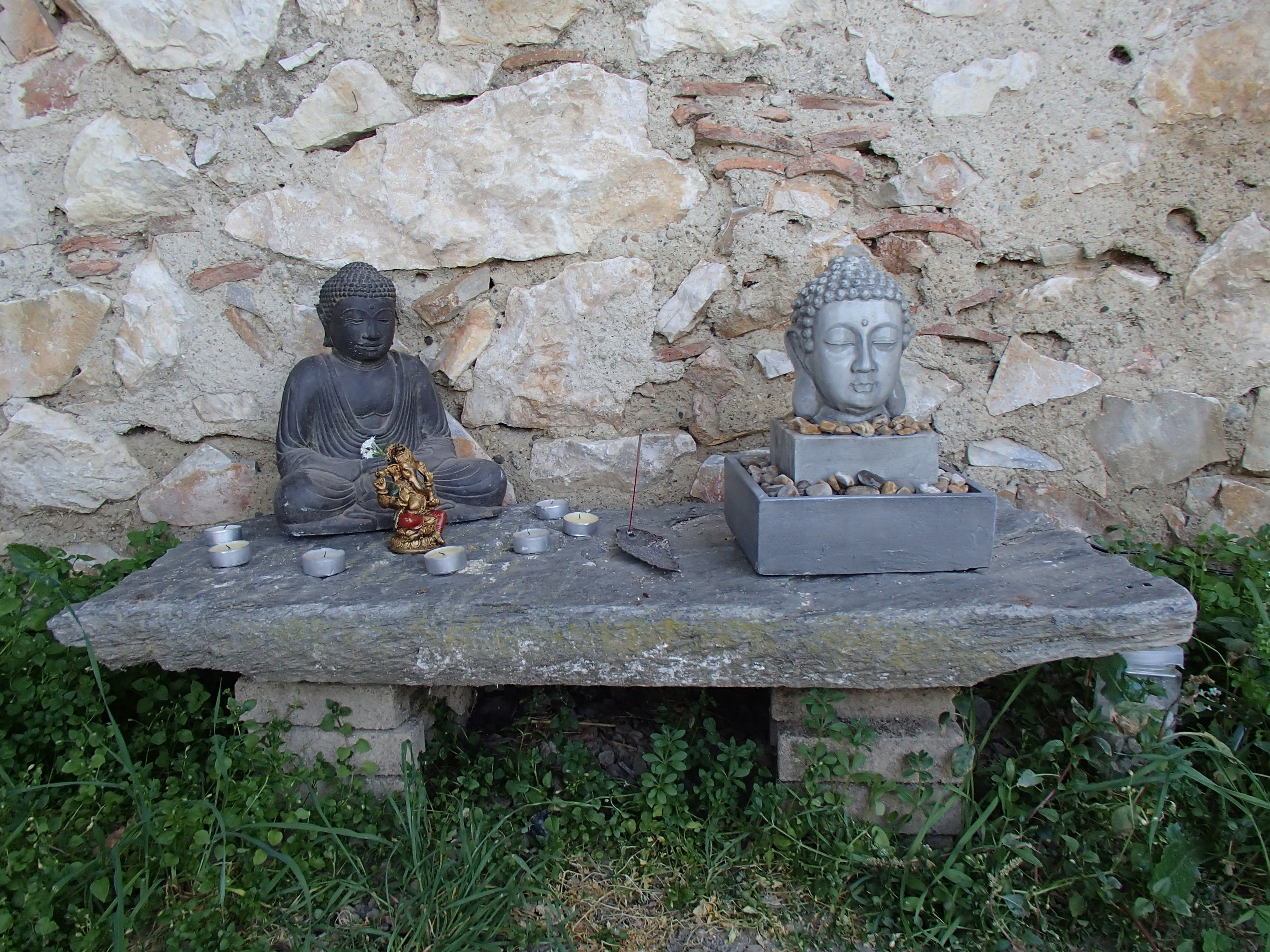 Lotus Village Bouddha Extérieur