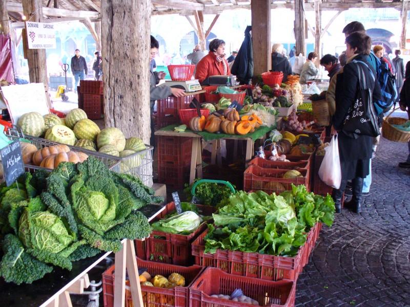 Revel' Saturday Market