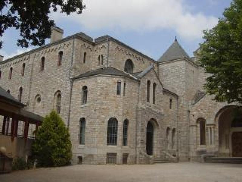 Abbaye d'en-calfat