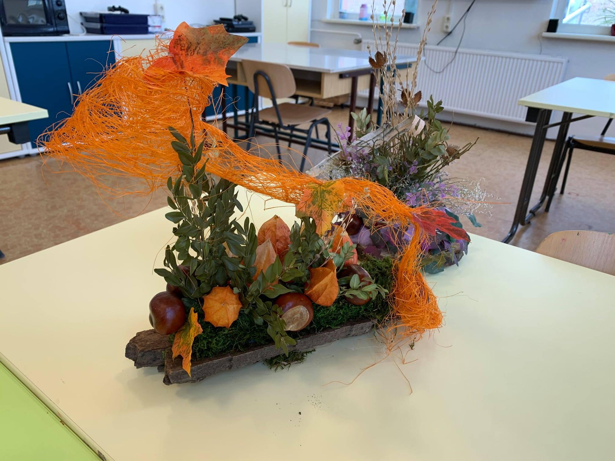 dekorative Holzrinde für den Herbst