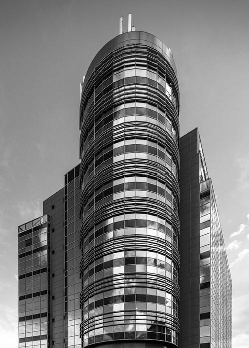Architektur-MetroSystems-Bukarest-1.jpg