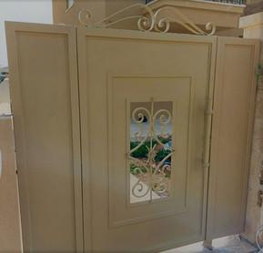 דלת כניסה לשטח בית פרטי שלת שער ברזל בהי