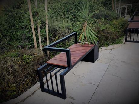 yefiel_iron_art_outdoor_safsal2.jpeg